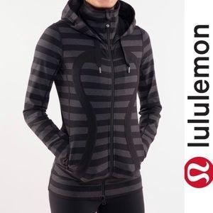 NWOT Lululemon Black and Gray Stride Jacket